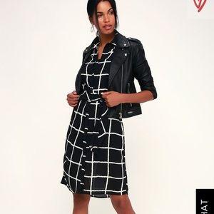 🆕 Lulu's Taia Tie-Front Midi Dress